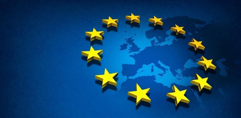 Foto del continente europeo con le stelle simboleggianti gli Stati appartenenti